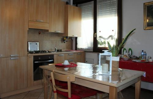 A kitchen or kitchenette at B. & B. NABUCCO