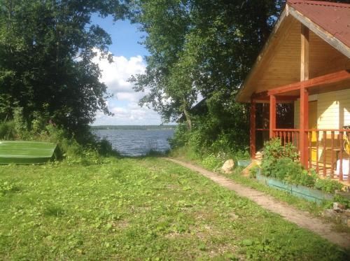 Сад в Гостевой дом У озера