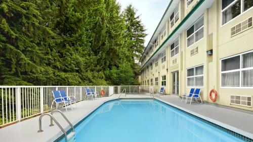 The swimming pool at or near Four Points by Sheraton Surrey