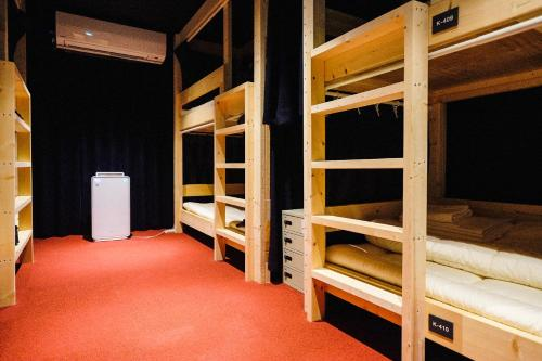 A bunk bed or bunk beds in a room at Hostel Mange Tak