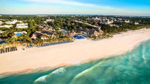 Een luchtfoto van Allegro Playacar - All Inclusive Resort