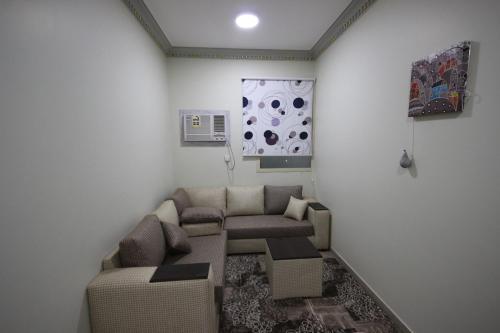 Uma área de estar em Golden Dome