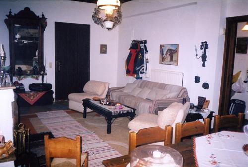 A seating area at Kosmas Studios