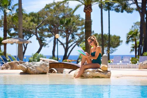 The swimming pool at or near Hipotels Eurotel Punta Rotja Thalasso-Spa-Golf