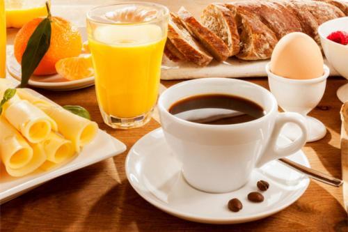Frühstücksoptionen für Gäste der Unterkunft Hotel Approach