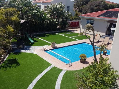 A view of the pool at Carmel huys or nearby