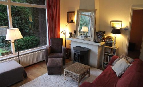 A seating area at De Boem