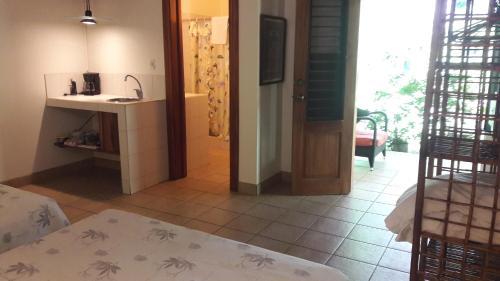 Cuisine ou kitchenette dans l'établissement Playa Negra Guesthouse