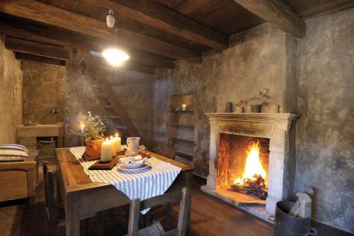 A restaurant or other place to eat at Sextantio Albergo Diffuso