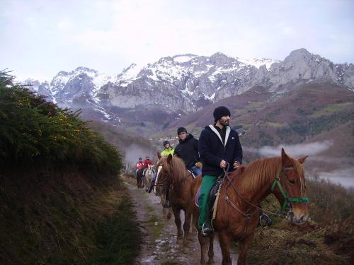 Montar a caballo en el hotel o alrededores