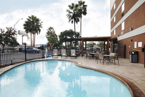 The swimming pool at or near Best Western Plus Downtown North