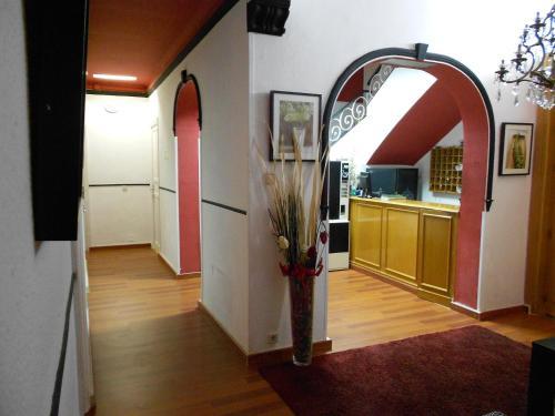 A kitchen or kitchenette at Hostal Valencia Madrid