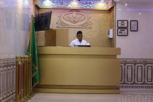 O saguão ou recepção de Al Safwah Al Asriyah Furnished Units