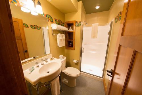 A bathroom at McMenamins Old St. Francis School