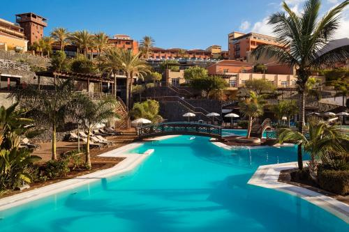 The swimming pool at or near Meliá Jardines del Teide