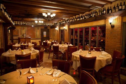 Restaurant ou autre lieu de restauration dans l'établissement Penn's View Hotel Philadelphia