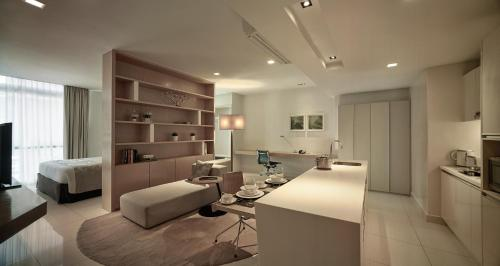 A seating area at PARKROYAL Serviced Suites Kuala Lumpur