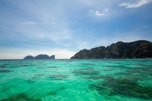 The swimming pool at or close to The Cove Phi Phi