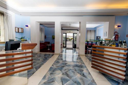 The lobby or reception area at Hotel Millennium Palace