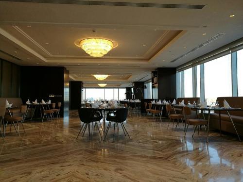 مطعم أو مكان آخر لتناول الطعام في بريرا الوزارات