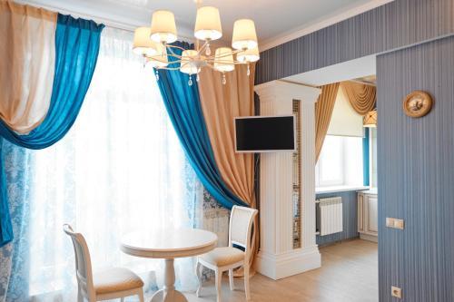 Телевизор и/или развлекательный центр в Сутки-Дом - Кремль