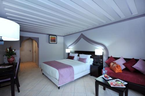 سرير أو أسرّة في غرفة في بلو سي لو برينتومب