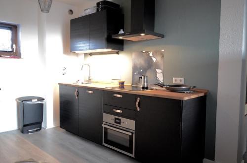 A kitchen or kitchenette at Kappeberg Lodge
