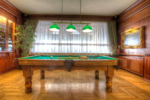A pool table at Grand Boutique Hotel Sergijo,Adult friendly luxury hotel