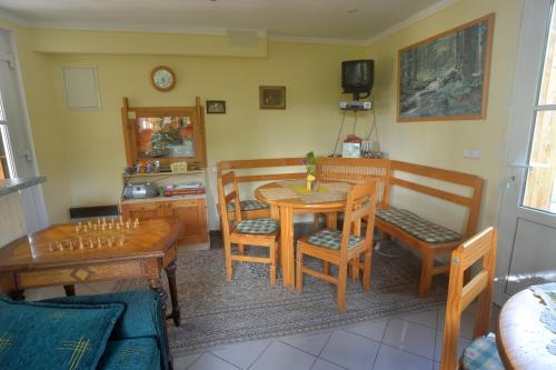 Restaurace v ubytování Bušeranda - depandance Hotelu U Zeleného stromu