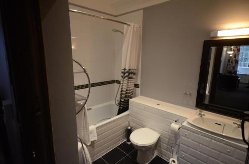 A bathroom at Diss by Verve