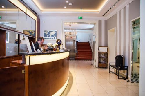 The lobby or reception area at Hotel Kaiserhof