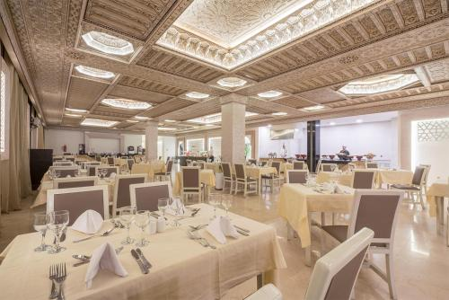 Restaurant ou autre lieu de restauration dans l'établissement Aqua Fun Club All inclusive