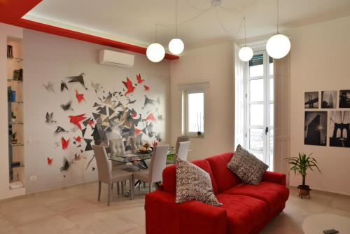 A seating area at Sara's SeaView Apartment