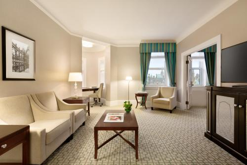 A seating area at Fairmont Chateau Laurier