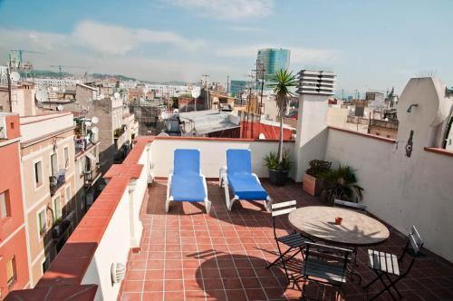 Балкон или терраса в Barceloneta Suites Apartments Beach