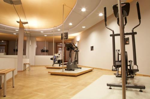 The fitness center and/or fitness facilities at Hotel Baseler Hof