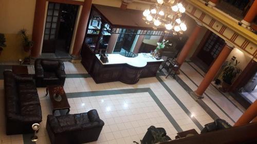 El vestíbulo o zona de recepción de Hotel Premier