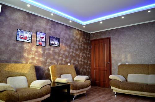 Гостиная зона в Apartments on Raisa Belyaeva 76