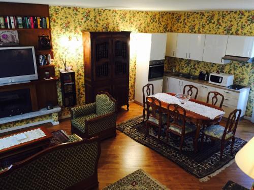 Area soggiorno di Trendy Maison Stresa