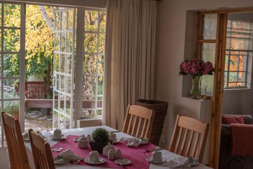 A restaurant or other place to eat at Patcham Place