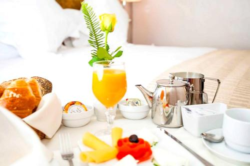 Breakfast options available to guests at Atlas Almohades Casablanca City Center
