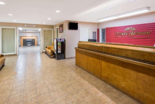 The lobby or reception area at London Travel Inn
