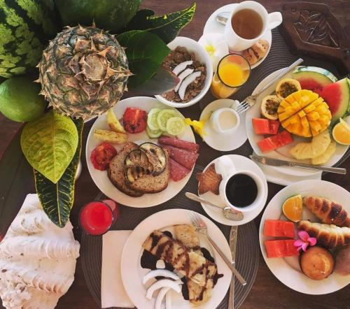 Breakfast options available to guests at Villa Kiva Boutique Hotel