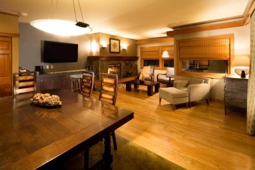 A seating area at Salish Lodge & Spa