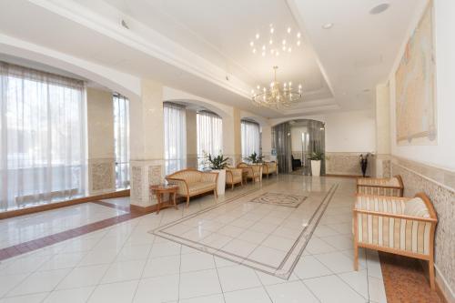 Гостиная зона в Sharf Hotel