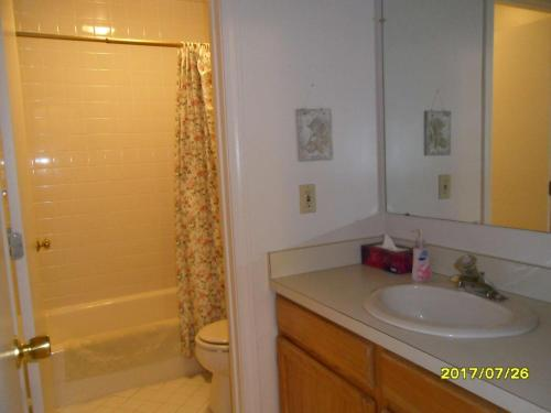 A bathroom at Ocean Edge Townhouse