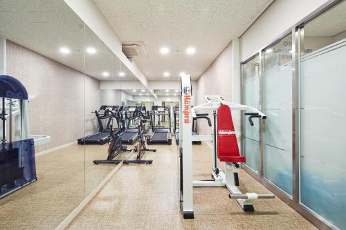The fitness center and/or fitness facilities at Days Hotel by Wyndham Seoul Myeongdong