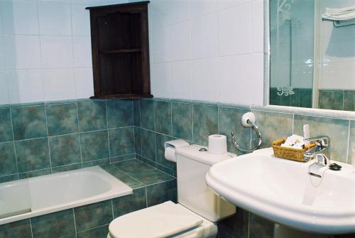 A bathroom at Hotel Conventin
