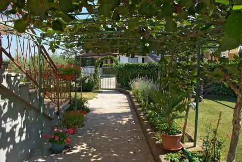 Giardino di Apartments & Rooms BARBARA