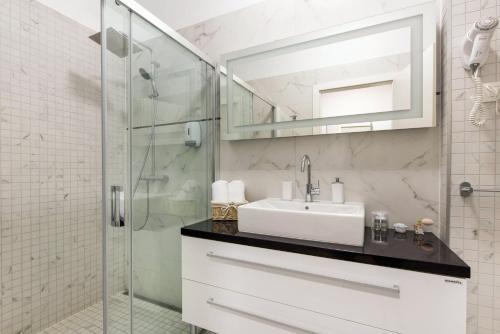 A bathroom at PRIMA Life Spalato